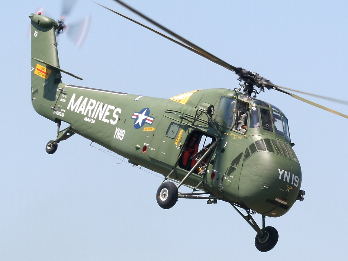 1000 images about sikorsky h 34 on pinterest for Helicoptere interieur
